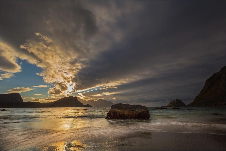 LF05 Sonnenuntergang / sunset Haukland Beach